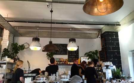 Oxford Yard. Al Fresco Brunching Hits the Spot in Leedy. thumbnail