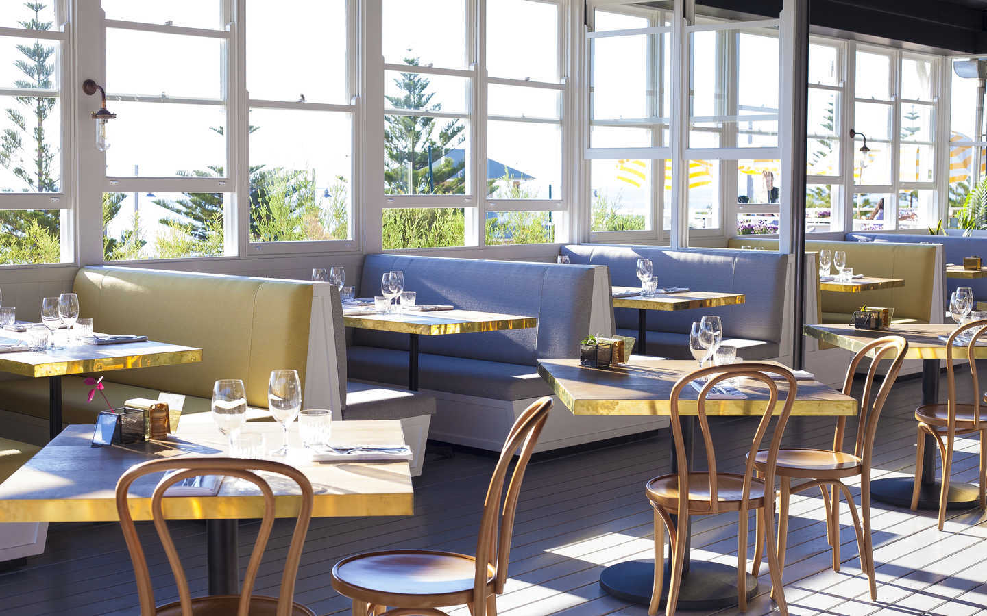 The Shorehouse. Oh we do like to brunch beside the seaside!