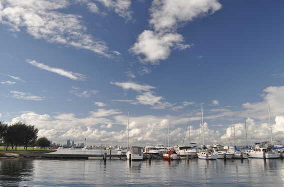 Flying Squadron Yacht Club photo