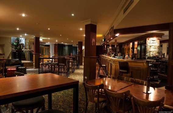 43 Below Bar & Restaurant photo