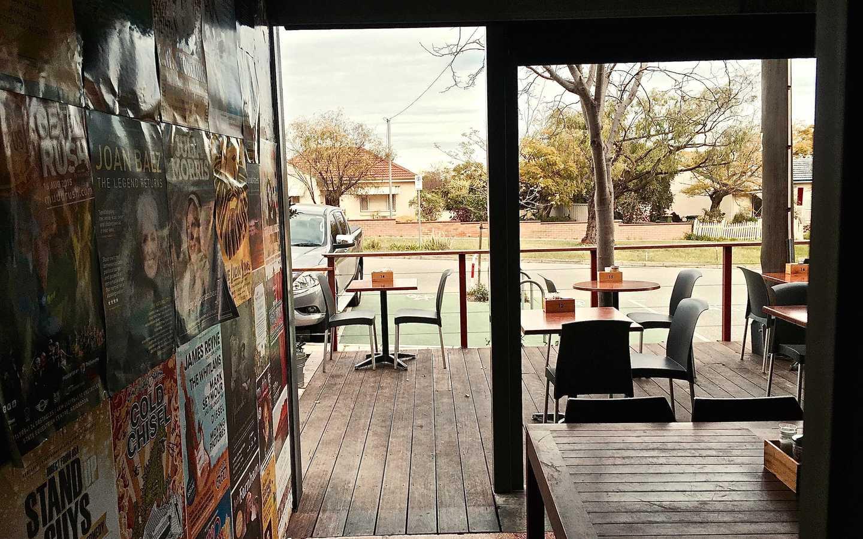 Cafe Lumos. Neighbourhood Casual.